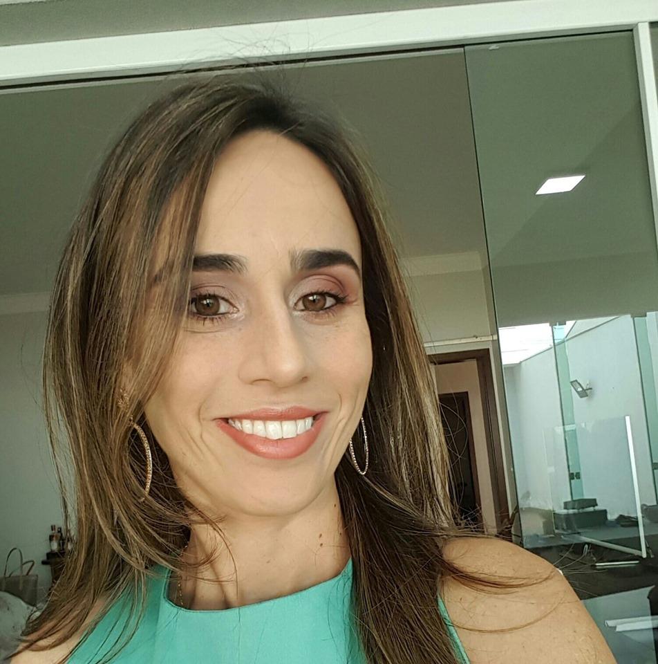 Juliana C. Cunha